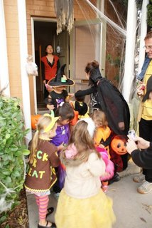 1031Trick-or-treat2.jpg