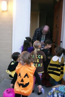 1031Trick-or-treat6.jpg